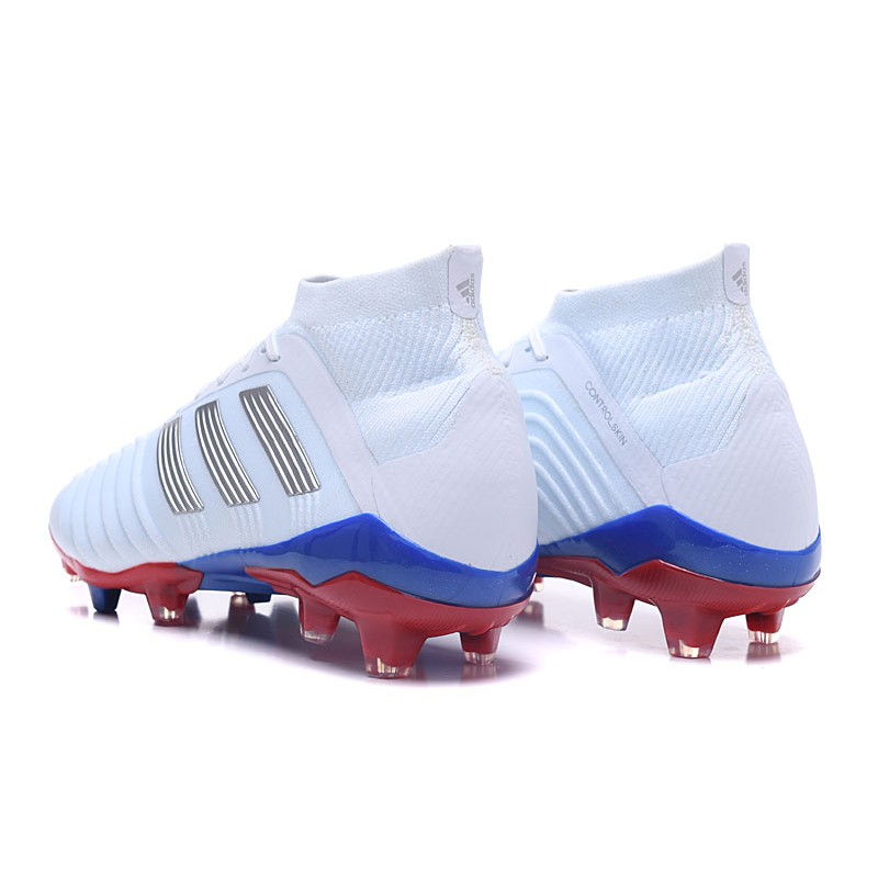 half off da52b 4121d ... Nuevo Botas de fútbol Adidas Predator 18.1 FG ...