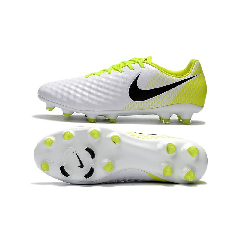 2018 Botas de fútbol Nike Magista Opus II FG Blanco Negro Voltio